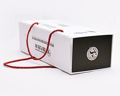 现代牧业纯牛奶包装盒