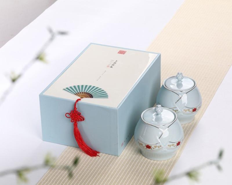 简约高档的茶叶礼盒