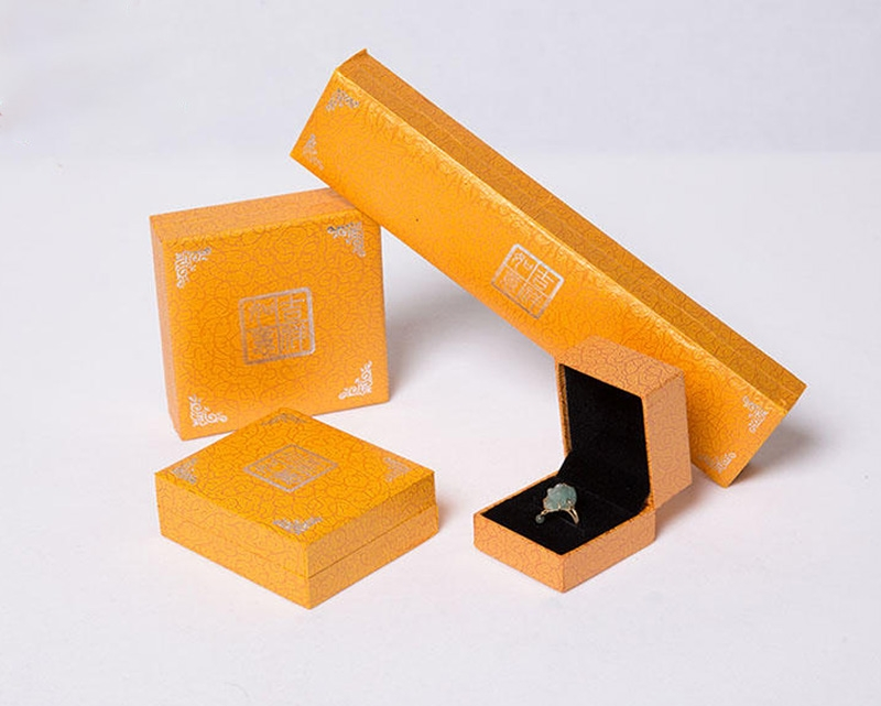 纸质珠宝玉石首饰盒子